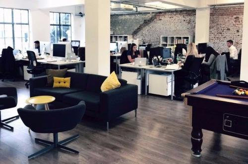 1 - 7 desks - Creative/Media style desk space in Soho, London - private (no agents)