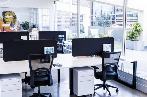 Desks_Angle